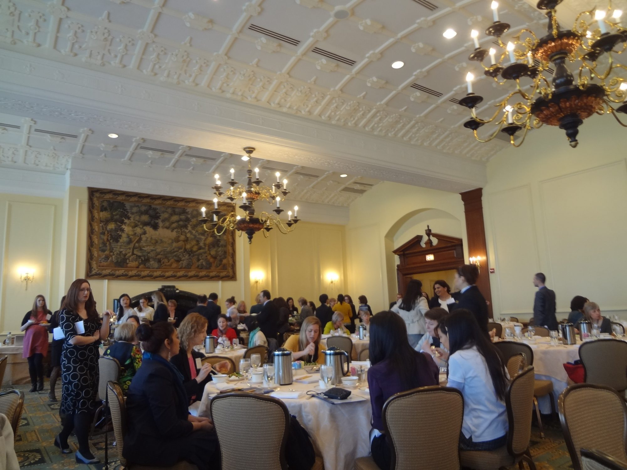 Attendees gather for the Chicago Council on Global Affairs' International Women's Day Women in Global Health Symposium