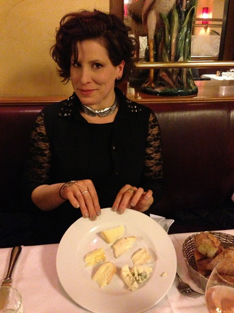 The author eats as much cheese as she wants at Au Boeuf Couronné