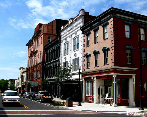 A view of Front Street in Downtown Wilmington. Photo from http://farm2.staticflickr.com/1273