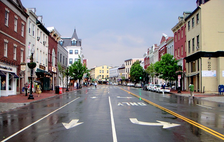Wisconsin Avenue. Photo from Wikimedia Commons.