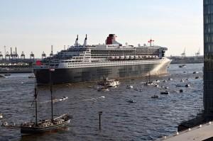 Queen Mary II Cruise Ship