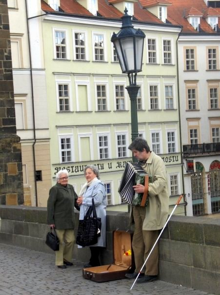 Local musicians on Charles Bridge