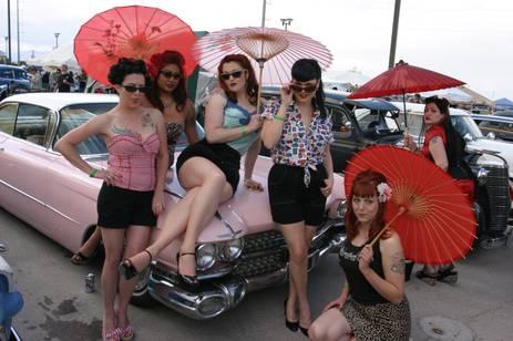Rockabilly girls at Viva Las Vegas. Image courtesy of lasvegasginger.blogspot.com.