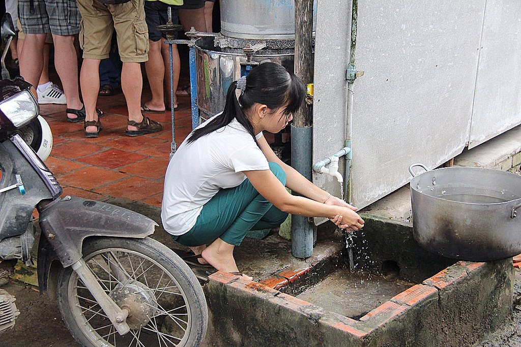What you rinse down the drain can be good for you and the Earth. Image from Wikimedia.