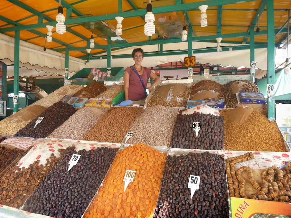 art of haggling, bartering, Africa, market