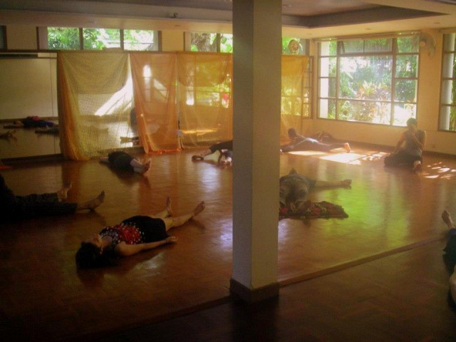 Yoga classes like this one in Chiang Mai can make a great travel souvenir.