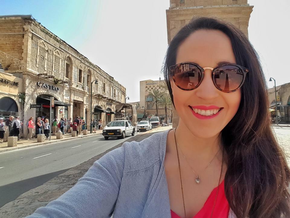 Beth Santos in Israel
